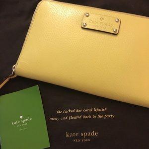 Kate Spade Yellow Zip Up Wallet ♠️